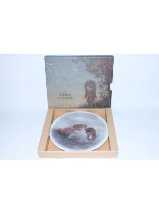 Decorative Plate pic. Hedgehog and Leaf, Form European