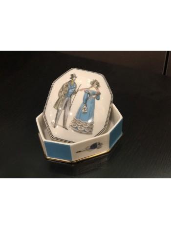 Jewellery Box pic. Modes de Paris 2, Form Cut