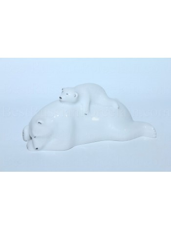 Sculpture Bear with a cub
