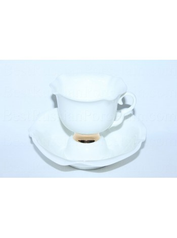 Cup and saucer pic. Golden ribbon, Form White flower