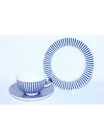 Trio set: tea cup, saucer and dessert plate pic. Frenchman, Form Tulip