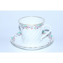 Cup and saucer pic. Spring, Form Twisted