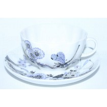 Cup and saucer pic. Whisper of a dragonfly, Form Tulip