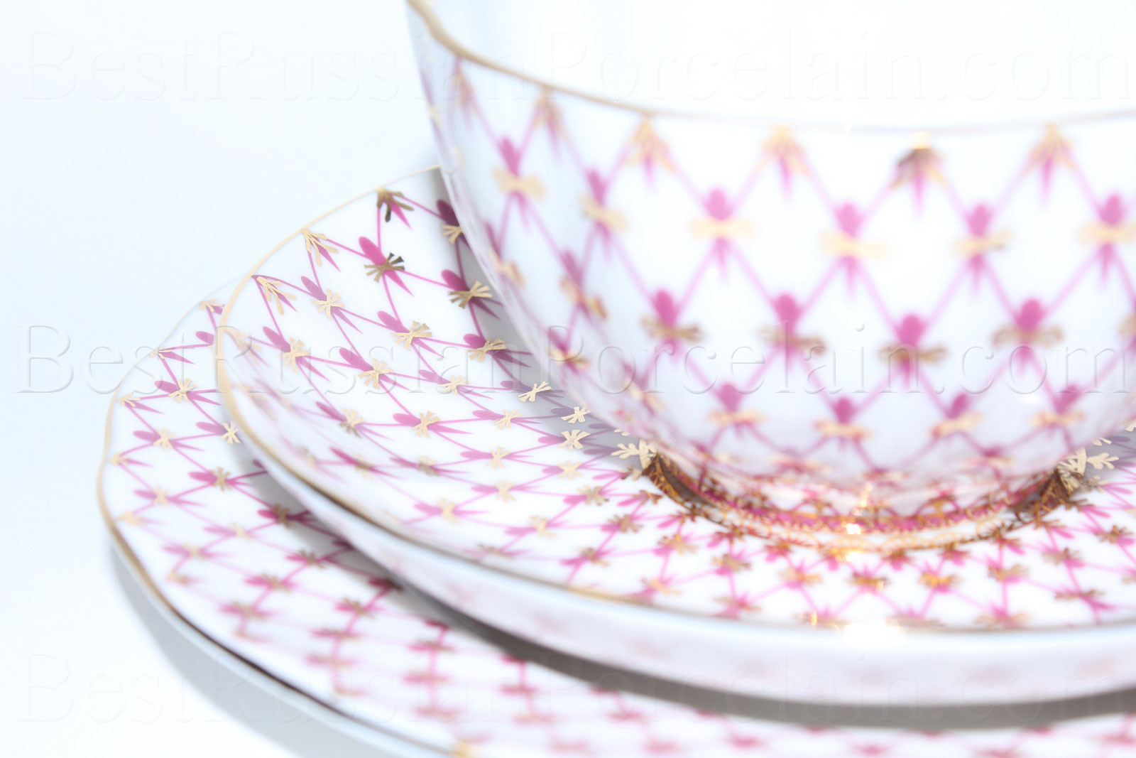 buy trio set tea cup saucer and dessert plate pic net blues