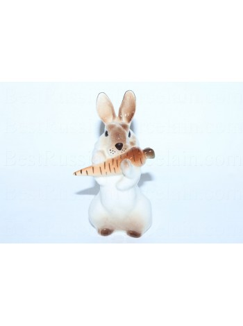 Sculpture Bunny with Carrot 3
