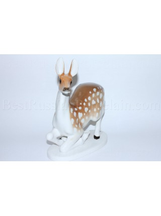 Sculpture Deer or Doe without horns