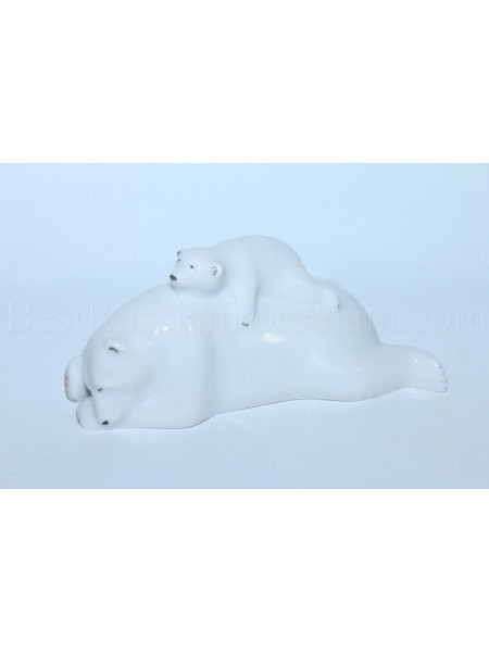 Sculpture Bear with a cub
