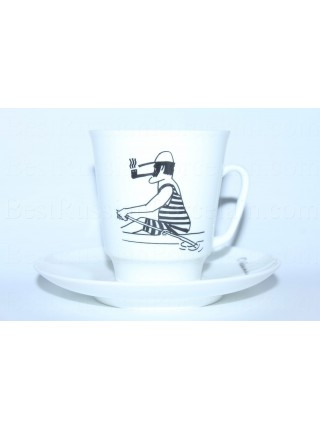 Cup and Saucer pic. In The Boat (Alexander Shirvindt), Form May